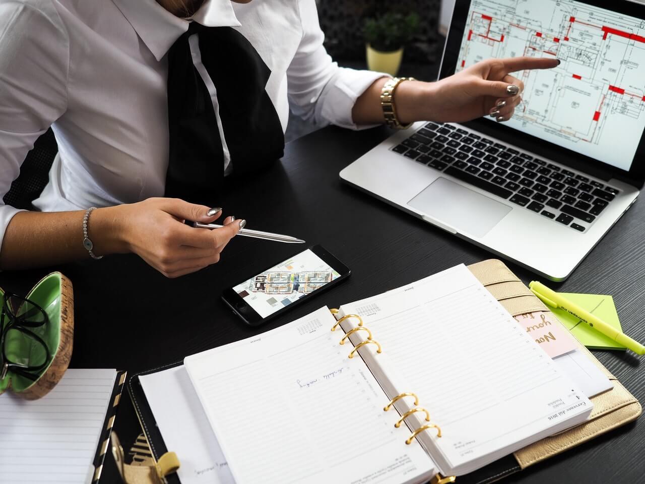 Capa artigo sobre digitalização no mercado imobiliário