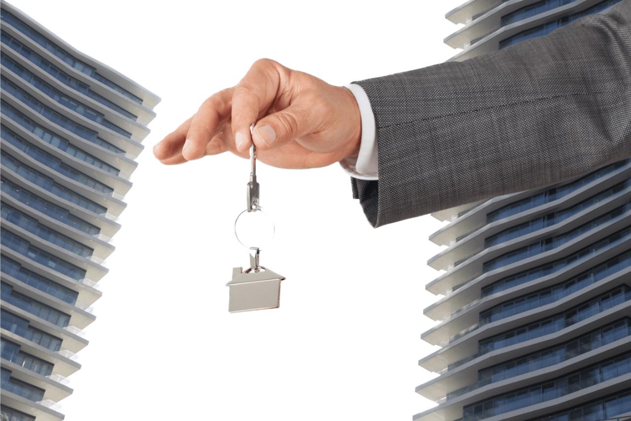 Capa guia sobre CRM imobiliario